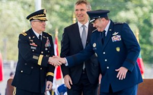 Генерал армии США Скапаротти — 18-й ВГК ОВС НАТО в Европе