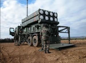 Итальянский командующий силами обороны посетил батарею ЗРК SAMP/T  в Турции