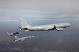 НАТО готовит мощное усиление возможностей воздушной дозаправки