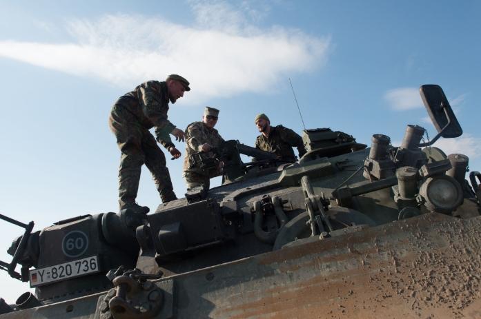 Главком НАТО в Европе посетил войска