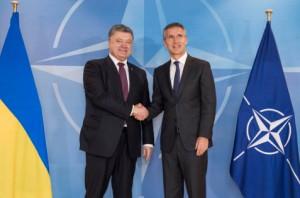 Выступление генсека НАТО на встрече с Порошенко (саммит НАТО)