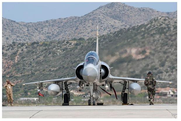 Самолет Мираж ВВС Франции