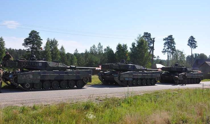 танки боевой группы передового присутствия